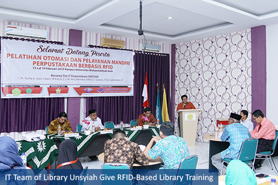 IT Team of Library Unsyiah Give RFID-Based Library Training