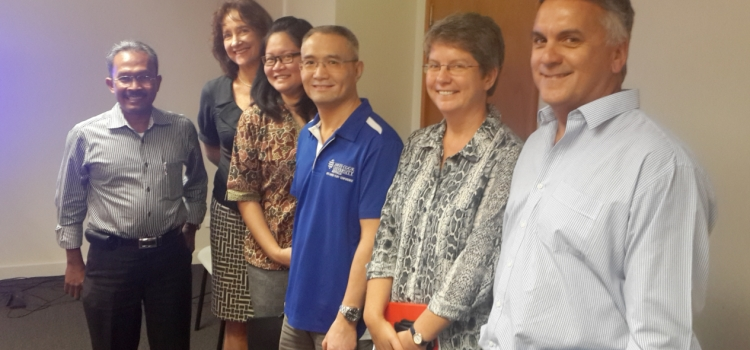 Kerjasama dengan Southern Cross University  dan James Cook University, Australia