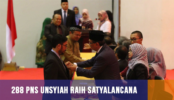 288 PNS Unsyiah Raih Satyalancana