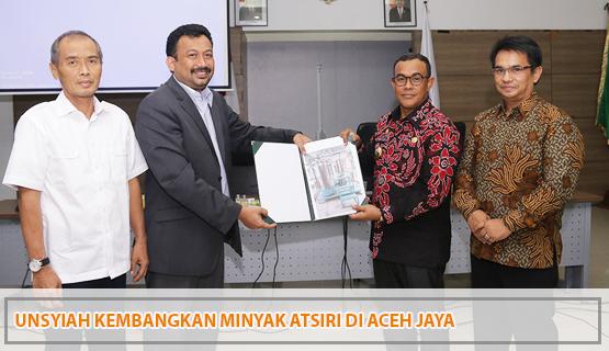 Unsyiah Kembangkan Minyak Atsiri di Aceh Jaya